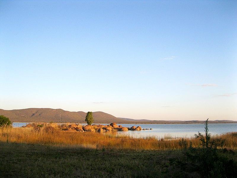 File:Gaborone Dam 1.jpg