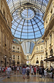 shopping mall in Milan
