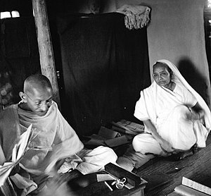 Kasturba Gandhi - Kasturba with Mohandas Gandhi in the 1930s