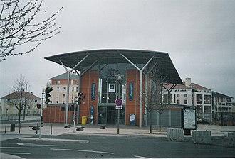 Saint-Ouen-l'Aumône-Liesse station - Entrance