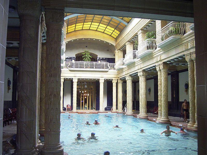 Baños Romanos En Bath:Spa Baths Budapest
