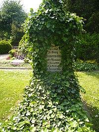 Georg Sauerwein Grabstein-P1110542.jpg