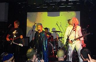 Gong (band) - Image: Gong Zappa Tel Aviv 2009 10 31 20
