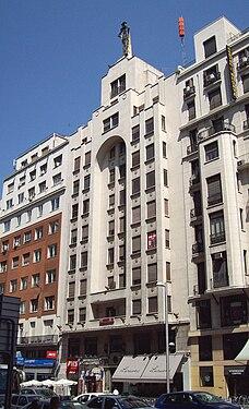 Gran Vía 60 (Madrid) 02.jpg