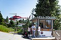 Grouse Mountain Helicopter Tour (44722392711).jpg