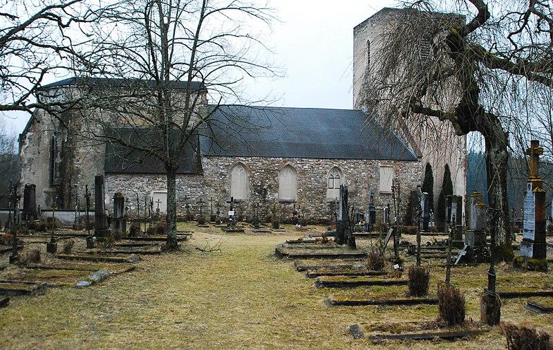 File:GuentherZ 2011-03-19 0082 Doellersheim Ruine Kirche Friedhof.jpg