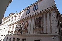 Gutenberggasse 14 - Außenfassade I.JPG