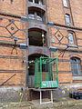 Hambourg-Speicherstadt-Monte-charge.jpg