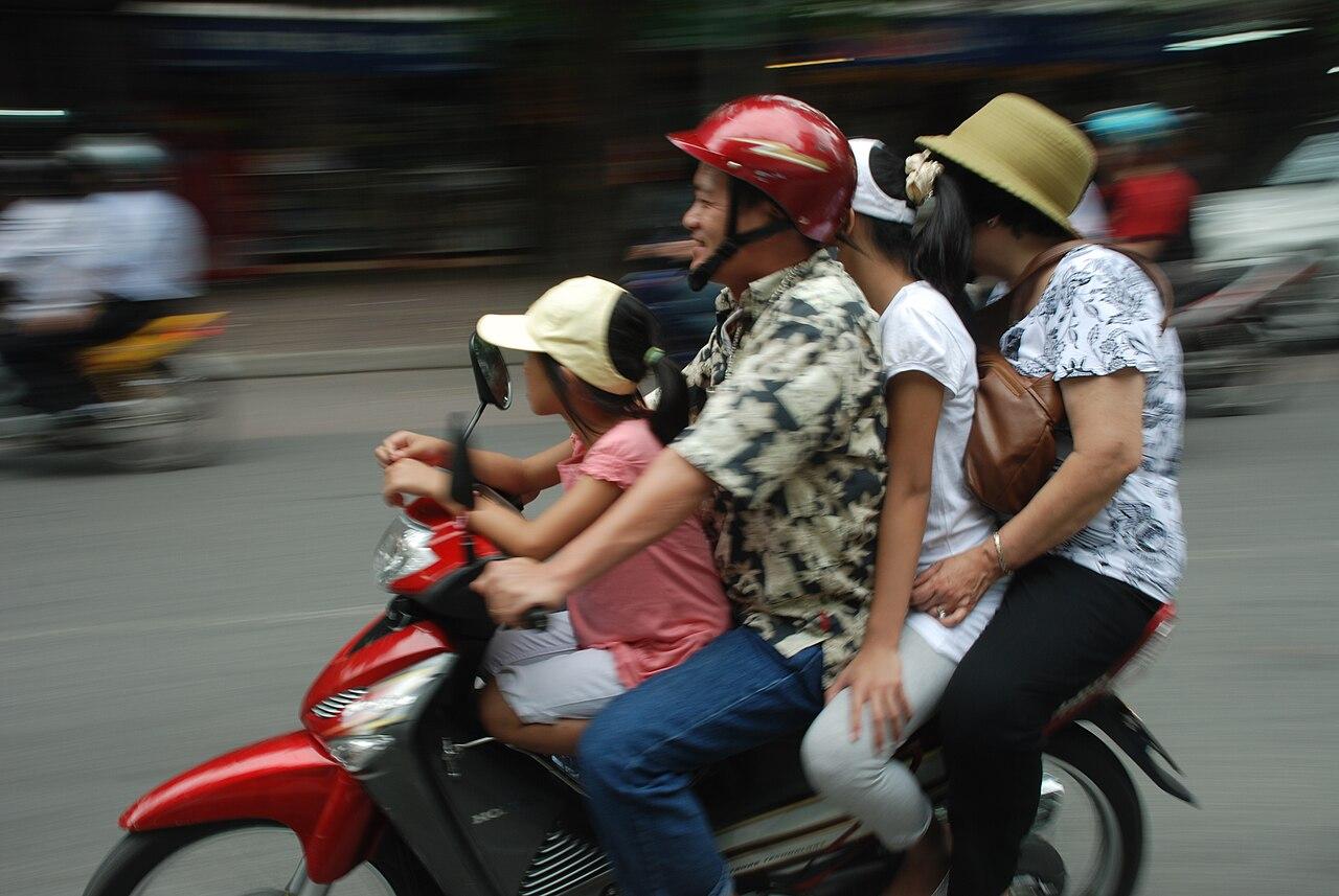 Hanoi familia.JPG