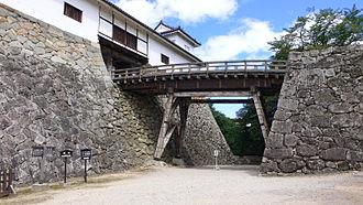 Hikone Castle - Image: Hikone castle 03s 3200