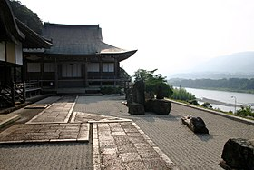 Honkaku Temple in Mima.jpg