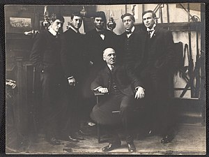 Thornton Oakley - Howard Pyle and his students, circa 1903. Seated: Howard Pyle. Standing, left to right: George Harding, Gordon McCouch, Thornton Oakley, N.C. Wyeth, Allen Tupper True. From the Howard Pyle Collection, Delaware Art Museum