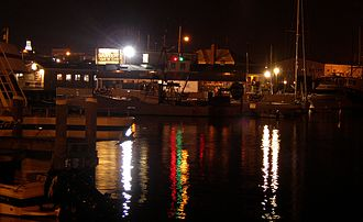 Hyannis, Massachusetts - Hyannis Harbor at night