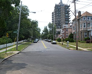 Rosebank, Staten Island - Homes and apartment buildings on Hylan Boulevard in Rosebank