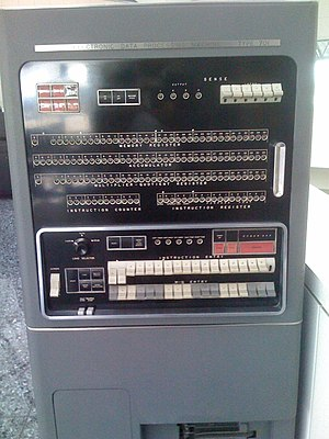 Accumulator (computing) - Front panel of an IBM 701 computer with lights displaying the accumulator and other registers