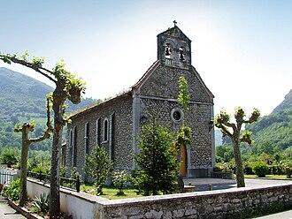Morcín - Image: Iglesia de la parroquia de San Miguel de Argame 0103