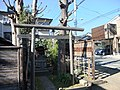 Inari Shrine (稲荷神社) - panoramio (8).jpg