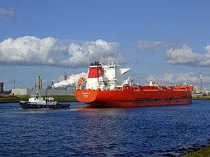 Ioannis I p7 near locks of IJmuiden, Port of Amsterdam, Holland 28-Aug-2007.jpg