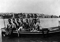 Iraqi Jews reach British Mandatory Palestine after the Farhud pogrom in Baghdad of 1941.jpg