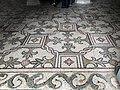 Italie, Ravenne, basilique San Vitale, mosaïque du plancher (48087061453).jpg