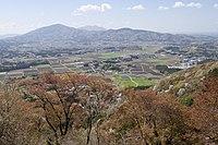 Iwase Basin from Mt.Takamine 02.jpg