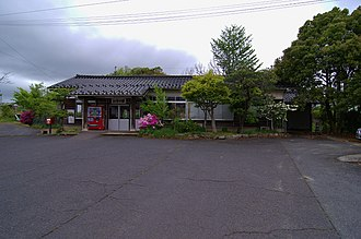Kamonaka Station - JR Kamonaka station