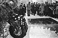 Jaarlijkse herdenking Nederlands Auschwitz Comite op de Nieuwe Oosterbegraafplaa, Bestanddeelnr 930-0925.jpg