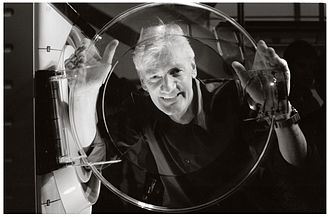 James Dyson - Dyson demonstrating his ContraRotator washing machine.
