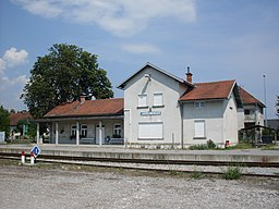 Jarse-Menges train station-july 2010.jpg