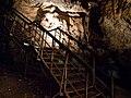 Jaskinia Lokietka Schody.jpg