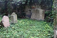 Jena Johannisfriedhof Hilgenfeld (1).jpg