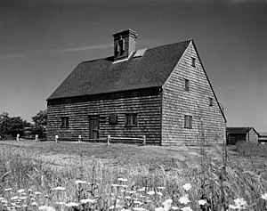 "Architecture of the United States - The 1686 Jethro Coffin House on Nantucket, Massachusetts, illustrating the ""saltbox"" form characteristic of New England."