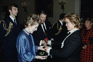 Jill Whelan - Image: Jill Whelan presents rose to Mrs. Reagan