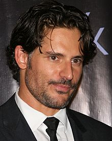 Joe Manganiello interprète Brad.