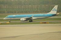 PH-EZI - E190 - KLM