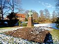 Kaiser-Wilhelm Denkmal Bergedorf (2).jpg