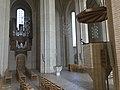 Kanzel-in-der-Grundtvigskirche-2.jpg