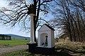 Kaplička u Nejsvětější Trojice u Nebílov (Q66050443) 01.jpg