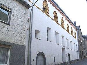 Treis-Karden - Karden, Kernstraße 8–10: former Foundation lords building