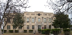 Kimble county courthouse 2009.jpg