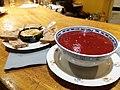 KoToPo - Houmous et soupe à la betterave sur le comptoir.jpg