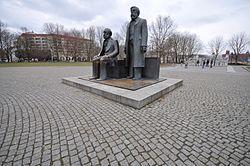 Lascar Marx-Engels-Forum (4472409972).jpg