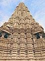 Le shikhara du temple de Kandarîya Mahadeva (Khajuraho, Inde) - Flickr - dalbera.jpg