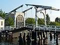 Leiden bridge (9034805461).jpg