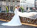 Les mariés aux cadenas, pont des Arts, Paris 15 mai 2014.jpg