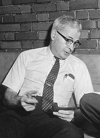 Lincoln Gordon, Embaixador dos Estados Unidos.tif