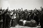 Llegada de los restos mortales del comandante aviador Julio Ruiz de Alda (16 de 18) - Fondo Marín-Kutxa Fototeka.jpg