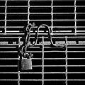 Locked - panoramio - Stephen Edmonds.jpg