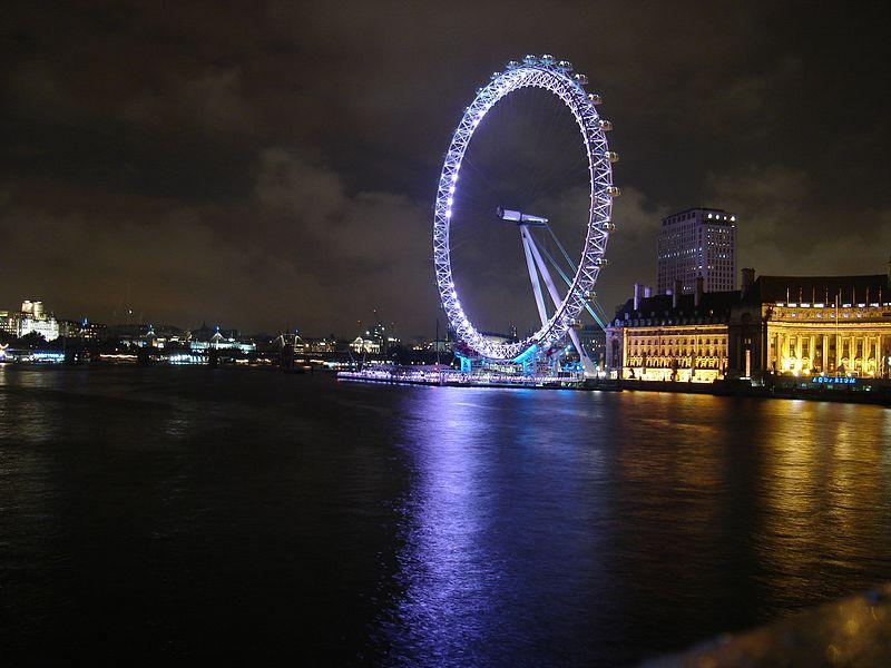 Ficheiro:London-eye-westminster-night.jpg