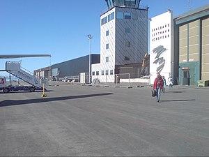 Transport in Svalbard - Svalbard Airport, Longyear